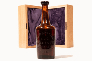 The World's Oldest Bottle of Whiskey Just Sold for $137,500